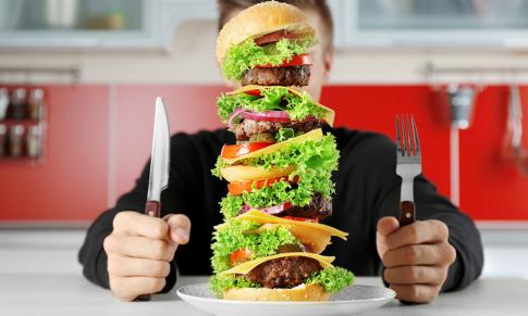 Pierderea în greutate creşte pofta de mâncare cu mai mult de trei ori